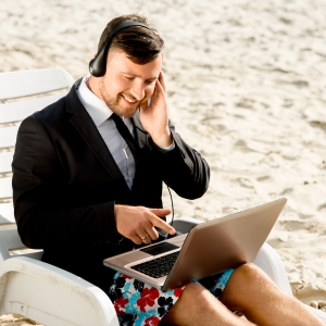 6 Fool-Proof Tips for Nailing Your Next Skype Interview